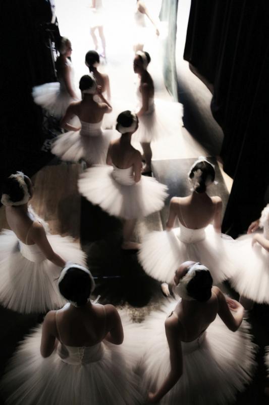 Behind the scenes of the Swan Lake, © Hajime Yoshida, Japan, 1st Place, Tokyo International Foto Awards