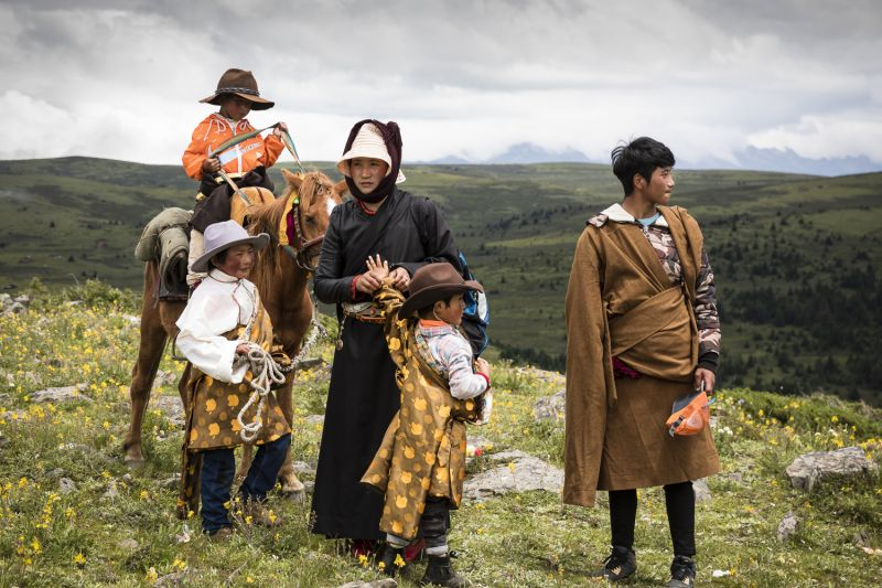 Tibetan Family - The Long Journey Home, © Sarah Jenkins, Australia, 1st Place People Professional, Tokyo International Foto Awards