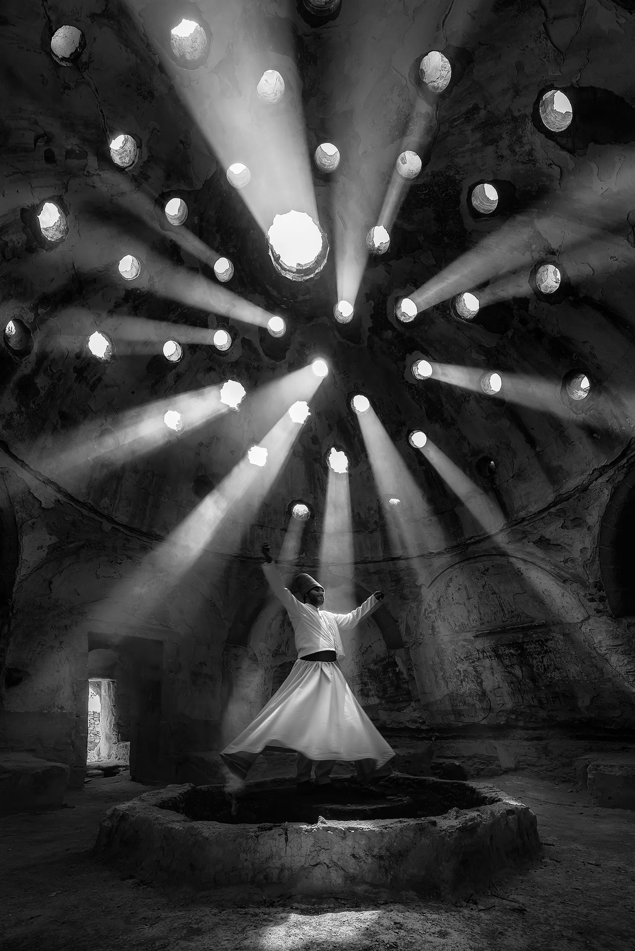 Worship, © F. Dilek uyar, First Place Winner, People, National Geographic Travel Photographer of the Year