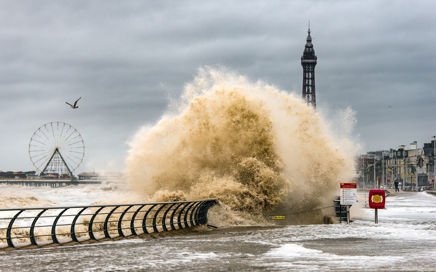 Stormy Blackpool, © Stephen Cheatley, Weather Photographer of the Year
