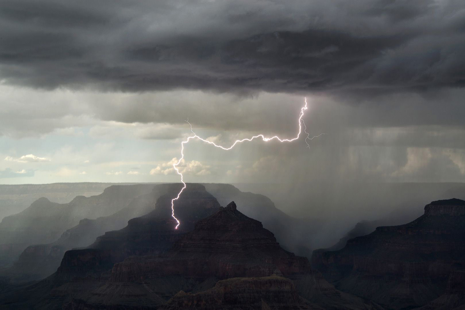 Lucky Strike, © Kevin Juberg, Weather Photographer of the Year