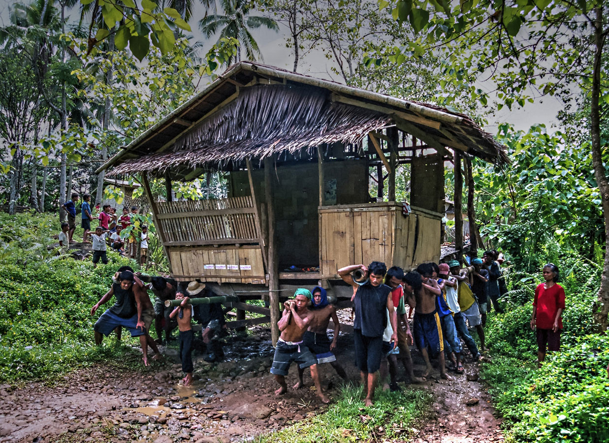 Bayanihan Spirit, © Raniel Castañeda, Philippines, 3rd Place, World Wood Day Photo Contest