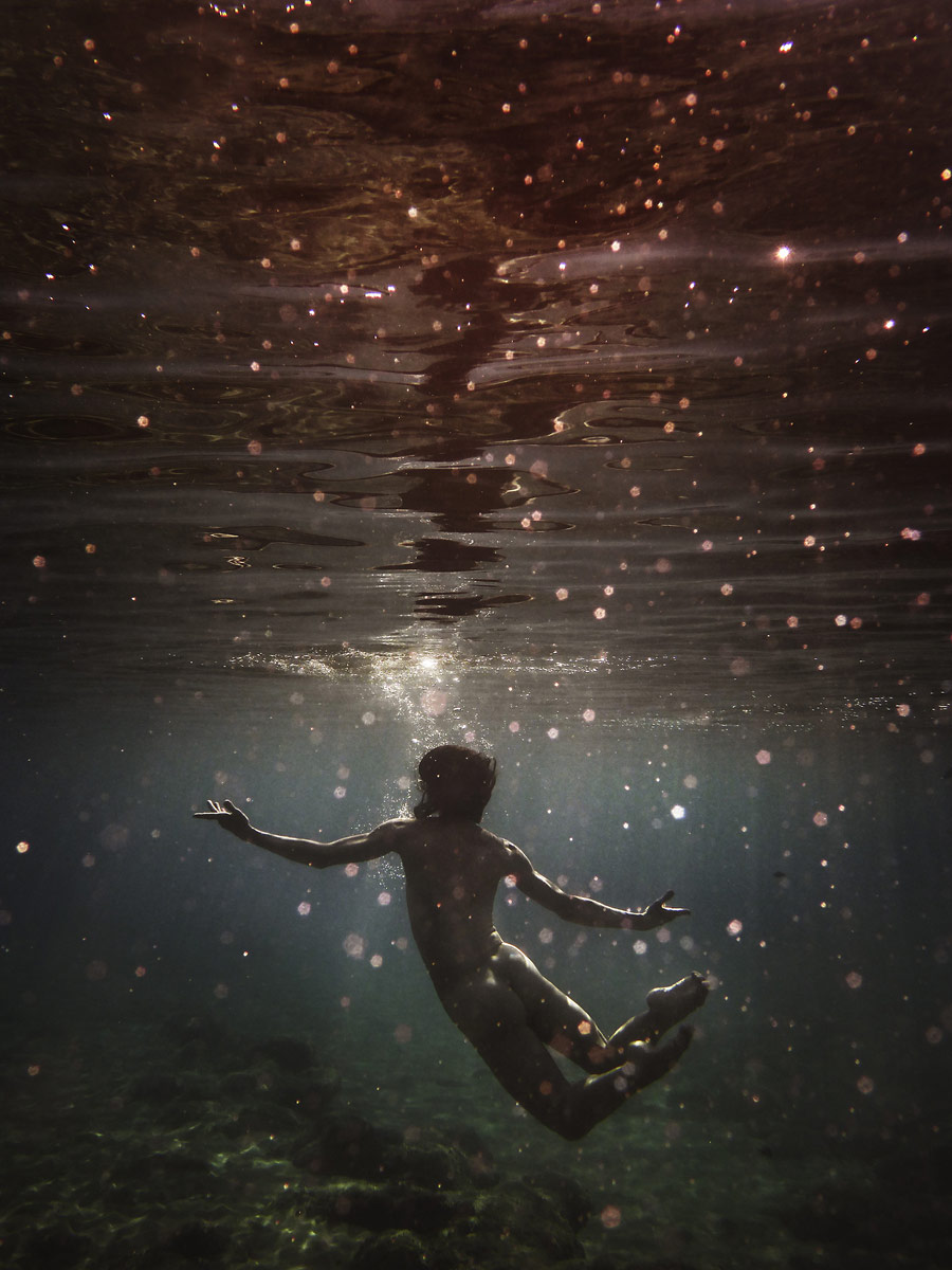 Underwater, © Susanne Middelberg, Den Haag, Netherlands, Professional : Outdoor Scenes, World In Focus - The Ultimate Travel Photography Competition