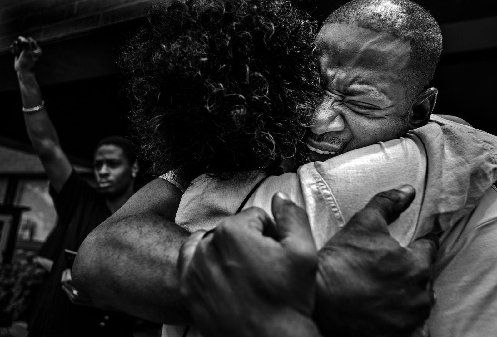 © Richard Tsong-Taatarii, 2nd prize singles, World Press Photo Contest