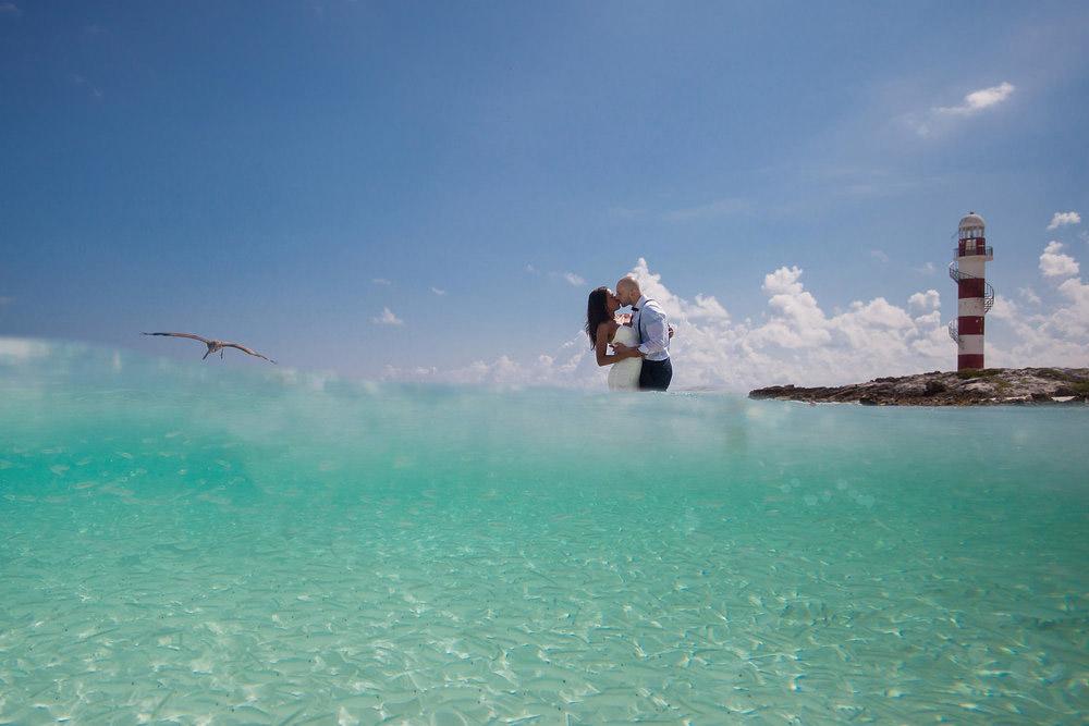 Rank #10 (40 Points), © Vincent Van Den Berg, Playa Del Carmen, Mexico, World's Top 10 Wedding Photographers - Photo Contest